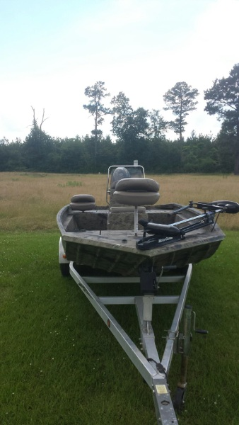 2007 Xpress Boat for Sale