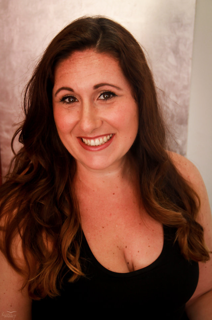 Jennifer Alpert Headshot