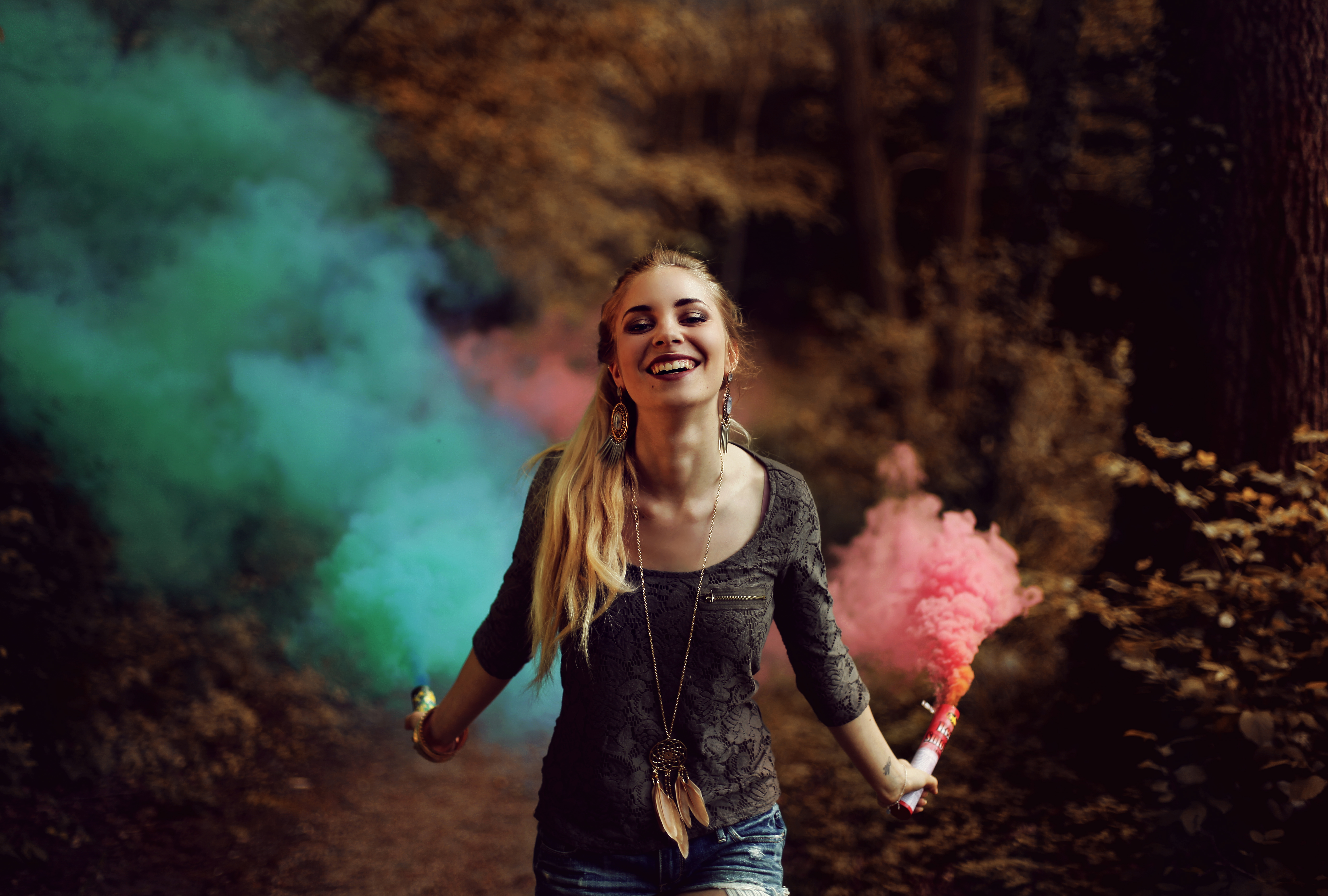 boss-fight-free-high-quality-stock-images-photos-photography-woman-forest-dust-colored-smoke
