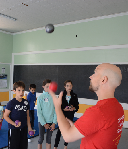 Youth Circus instructor shows students how to juggle | Circus Center | San Francisco