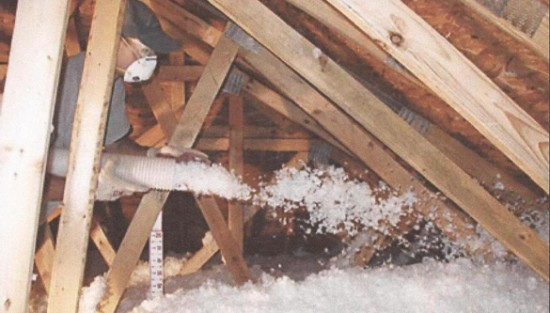 Lower energy costs attic insulation north south st paul for Loose fill fiberglass insulation