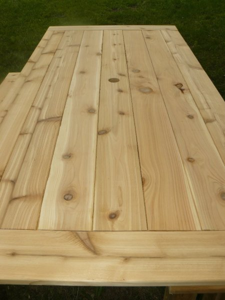 Outdoor Cedar Tables - Picnic table finish