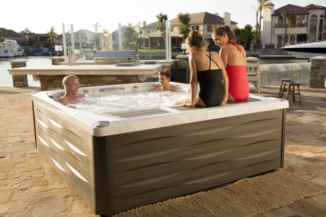 980 Series Hot Tubs