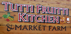tuttifruittimarketfarm