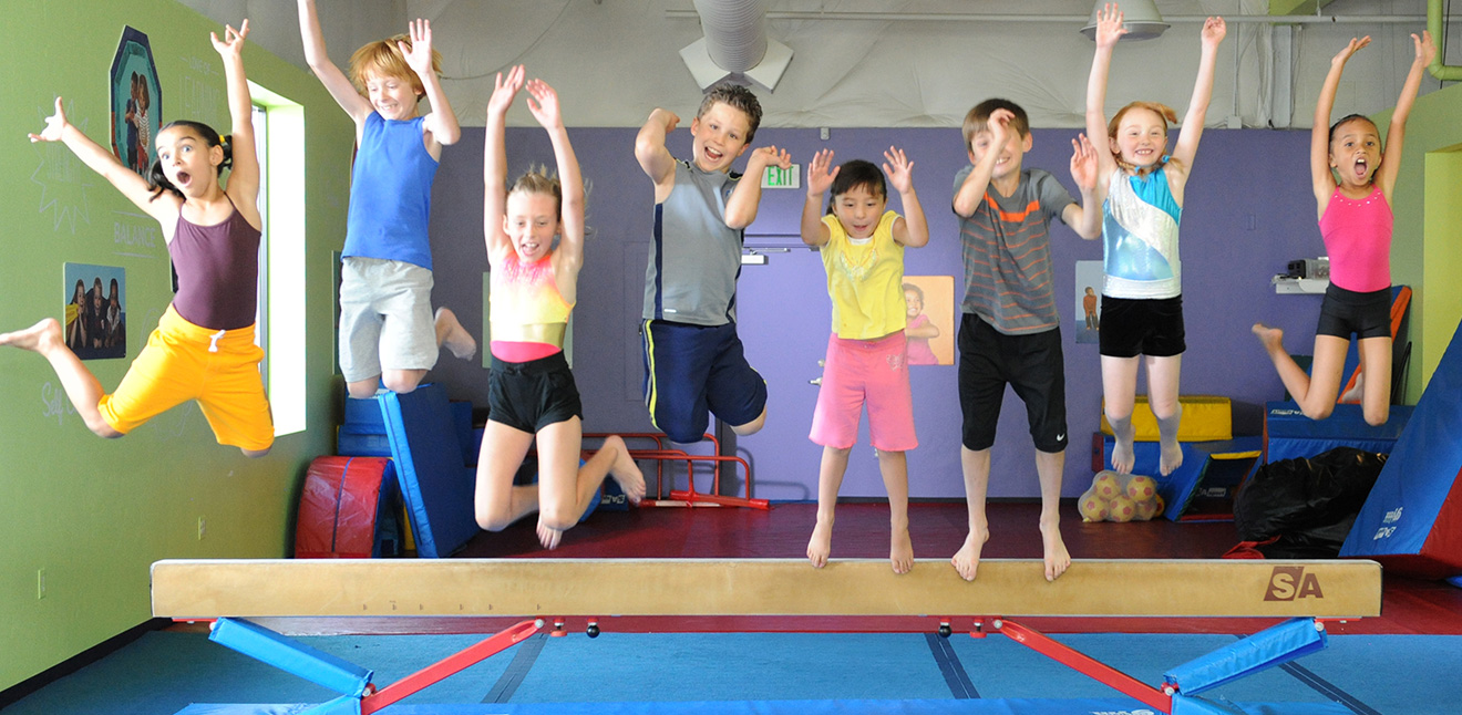 Group of Kids in a Children's Gymnastics Class at The Little Gym Amsterdam
