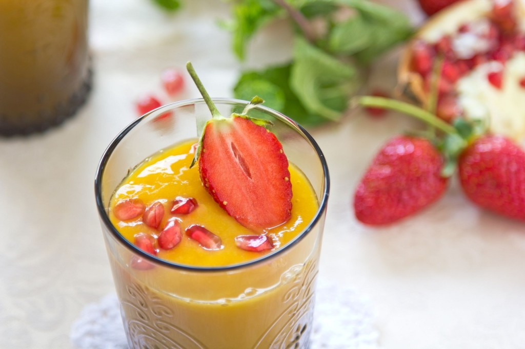 5-superfood-smoothie-ideas-for-a-major-immunity-boost-1024x682