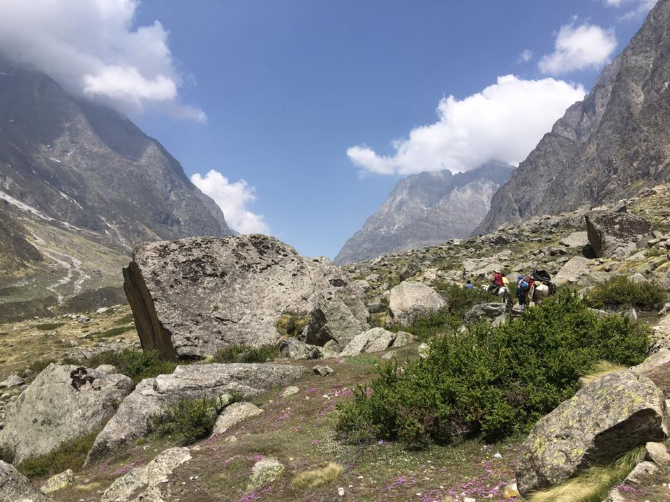 Himalaya_hiking_sq